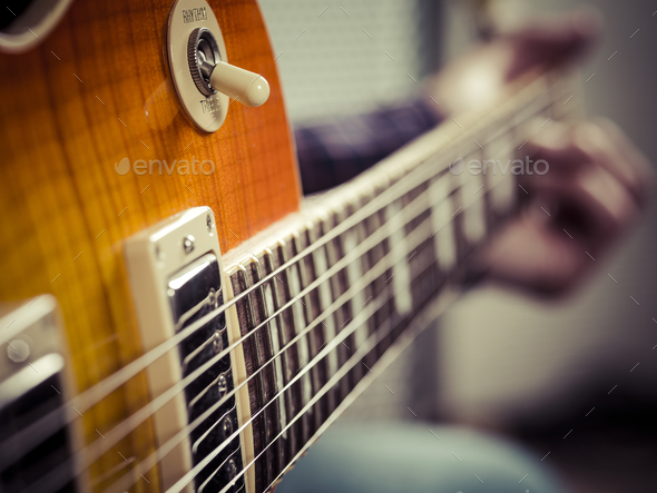 Live Music | Wednesdays and Fridays